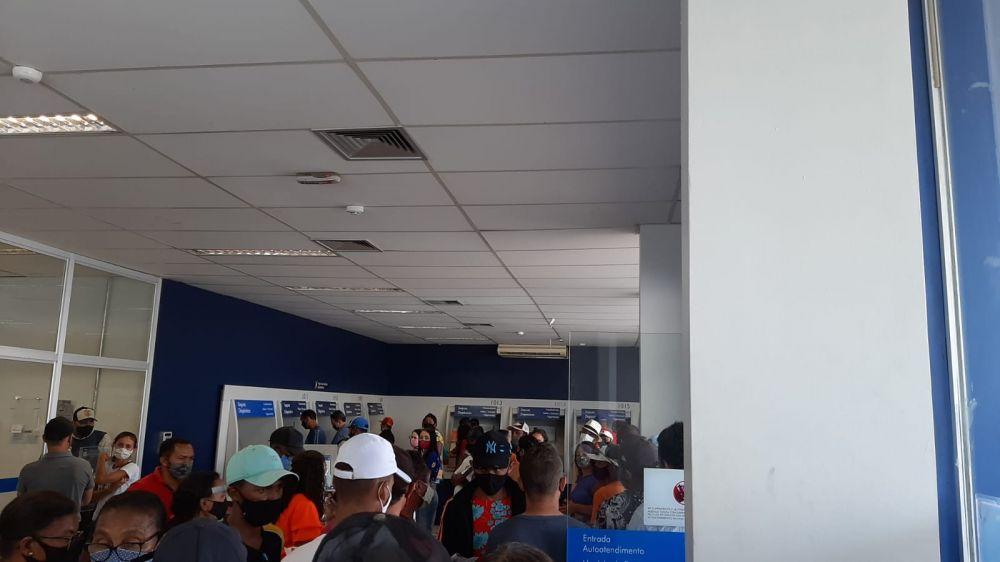 tempo médio de espera no atendimento da Caixa é de 3 horas em Oeiras