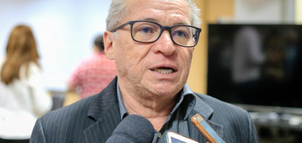 Deputado federal Assis Carvalho (Foto: Reprodução)