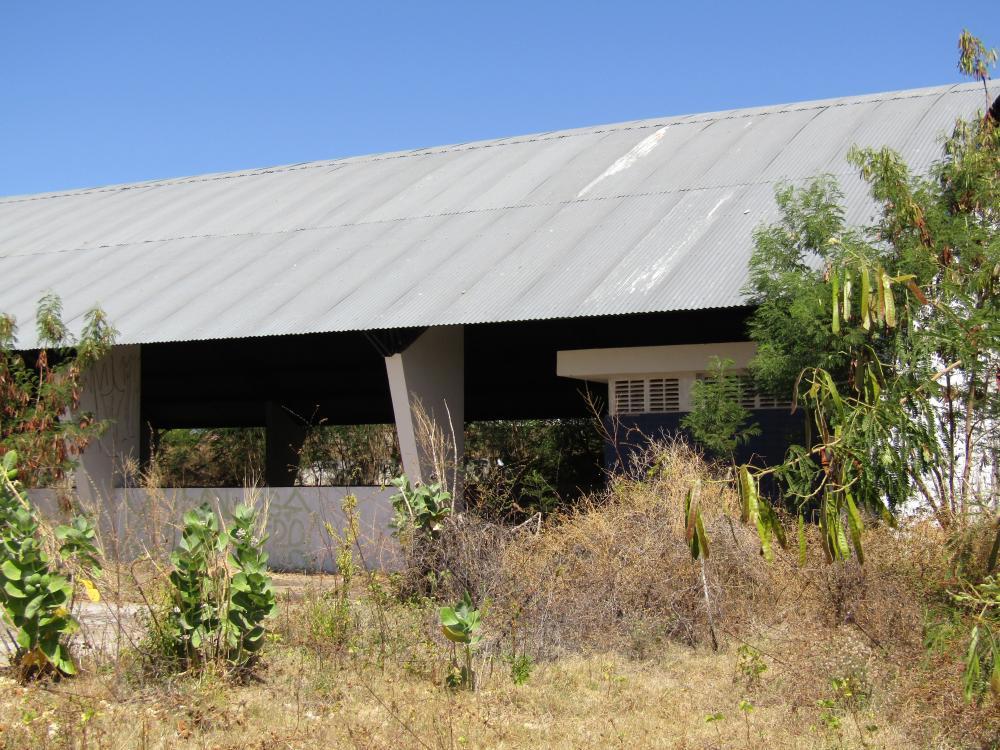 Entrada do Centro Desportivo pela Rafael Farias (Foto: Oeiras em Foco)