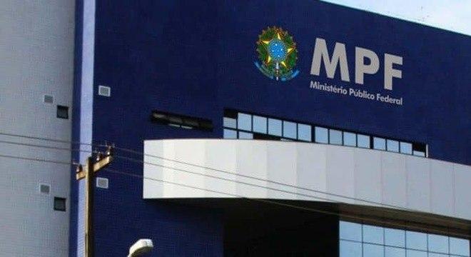 MPF ajuíza ação para barrar aglomerações nas agências da Caixa