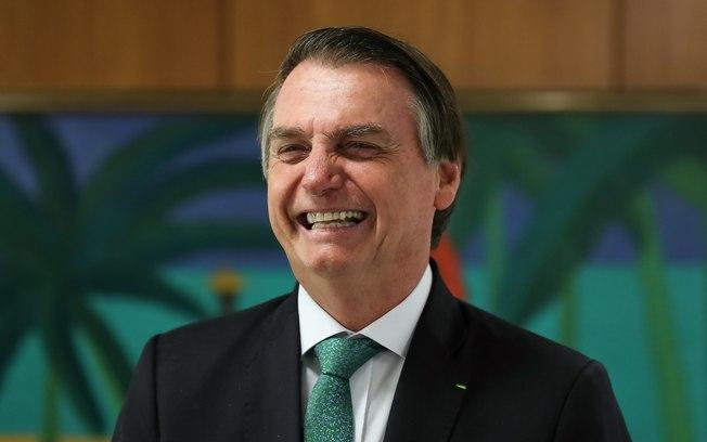 Vídeo: Bolsonaro diz que fará churrasco neste sábado; 'deve ser umas 30 pessoas'