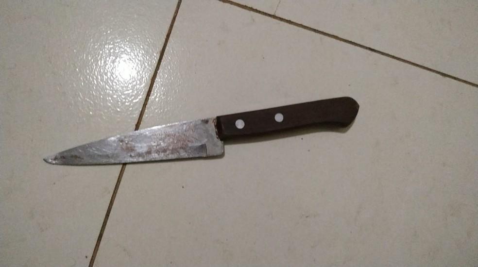 Marido mata mulher a facadas por não dividir auxílio emergencial no Sul do PI