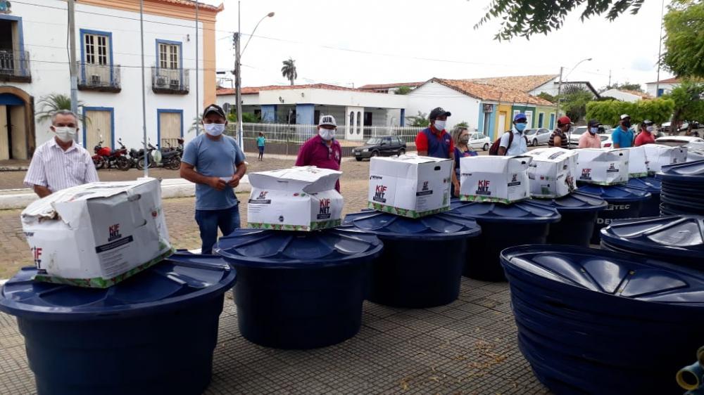 Prefeitura inicia entrega de 40 kits de irrigação a pequenos produtores rurais de Oeiras