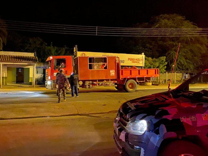 Veículos com 25 infectados da BA é interceptado no Sul do Piauí