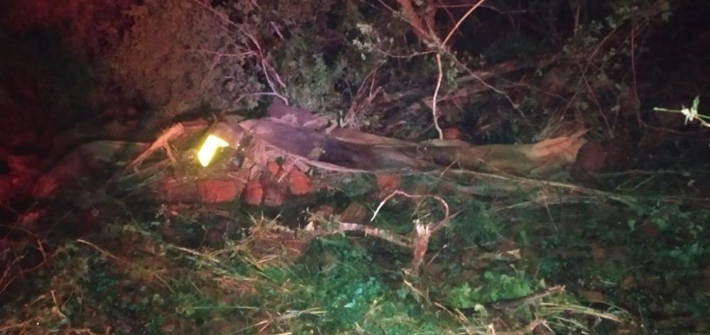 Motorista saiu ileso após caminhão tombar na Ladeira da Bananeira na PI 236