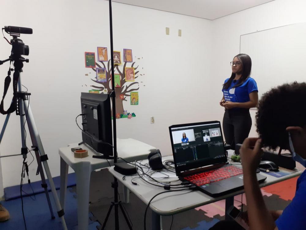 Oeiras inicia projeto de aulas não presenciais para alunos da rede municipal