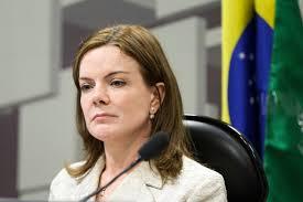 Gleisi Hoffman explica que logística impossibilitou vinda a Oeiras mas pretende estar no 7º dia de Assis Carvalho