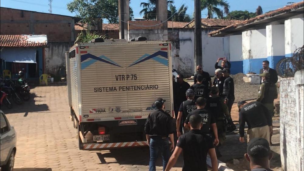 Mais 4 detentos são mortos dentro de caminhão de transferência